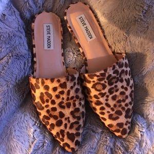 Trace leopard mohair mule slide